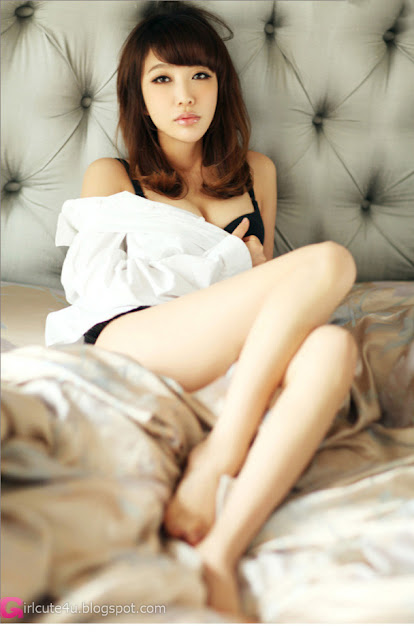 xxx nude girls: Simple Yoo Ha Na