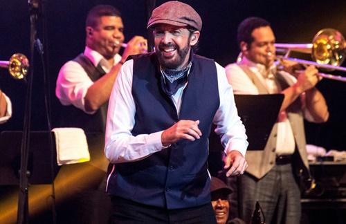 Juan Luis Guerra - Cantando Bachata