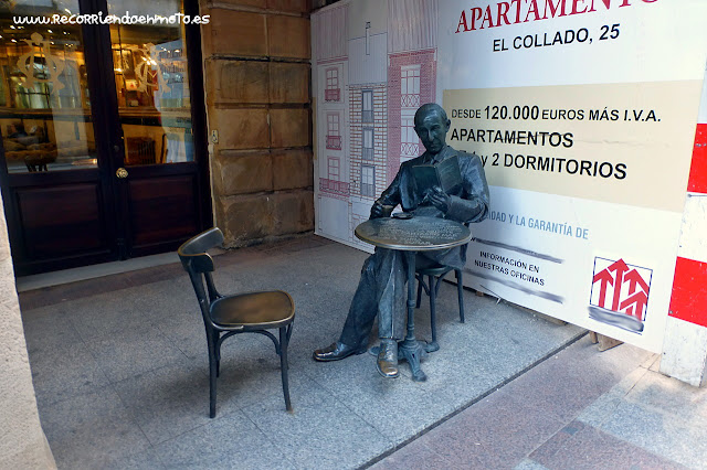 Estatua de Gerardo Diego