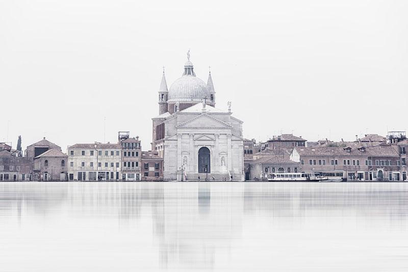 Laurent-Dequick-04 Serenita Veneziana: Pictures by way of Laurent Dequick Design