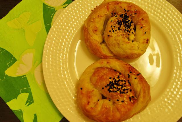Peynirli ve Kabaklı Gül böreği Tarifi