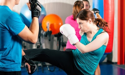 Kung Fu, Karate, Capoeira, Pencak Silat or Body Combat, lose weight, fat loss, fat loss program, martial arts, slim and healthy,