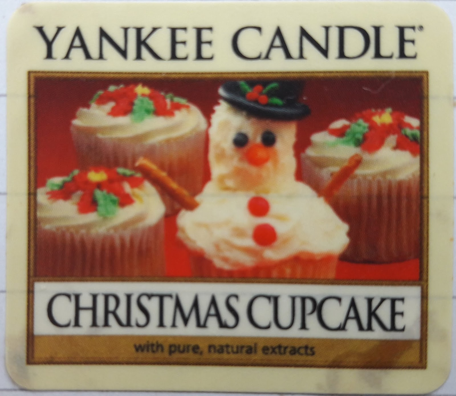 Pineapple Candles: Yankee Candle.Christmas Cupcake