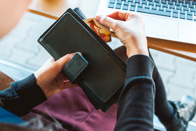 Equipping Kids with Credit Card Basics