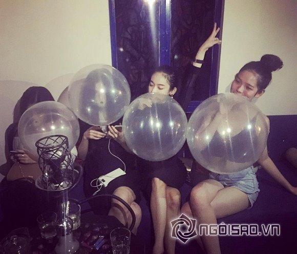 Dân Việt Nam chơi bóng cười