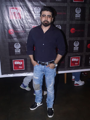 #instamag-the-more-you-show-yourself-more-you-connect-shahroz-ali-khan-from-big-bat-films