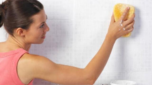 Tips Membersihkan Dinding, Lantai, dan Barang Keramik