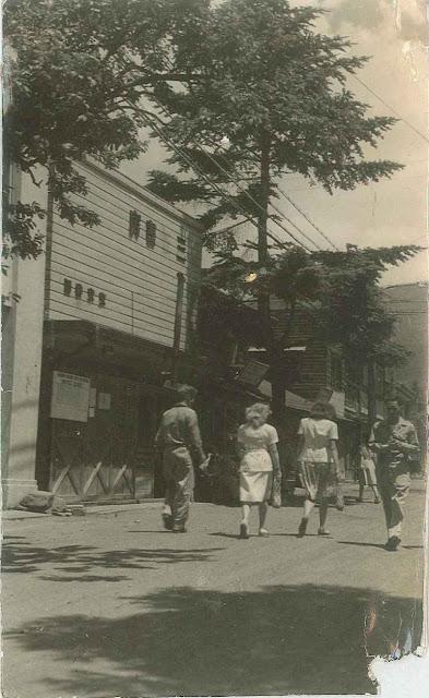 軽井沢町旧道昔の写真