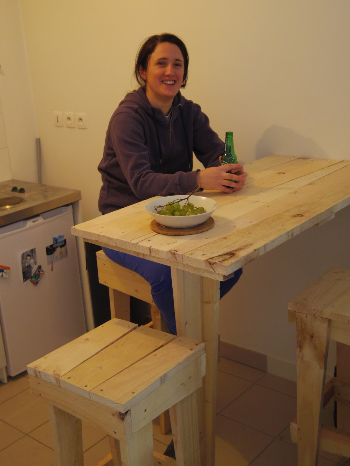 Comment Faire Un Bar De Cuisine Good On A Commenc Par La Table Bar De La Cuisine Ud