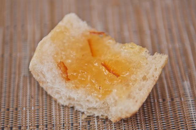 Boulangerie - Boulangerie Au Fournil du Paquebot - Saint-Nazaire - Pain - Baguette - Baguette moulée - Boulangerie - Confiture d'oranges Bonne Maman