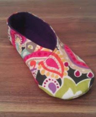 Kimono Slippers by Lauren Mackey of Lauren E Fabrications
