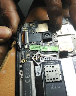 cara melepaskan / copot soket bagian tombol handphone asus zenfone 5 - pramud.com