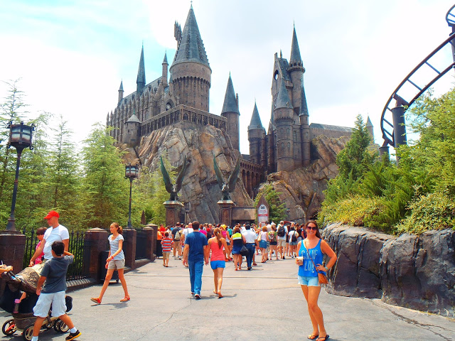 Girl at Howarts Castle Universal Studios Orlando