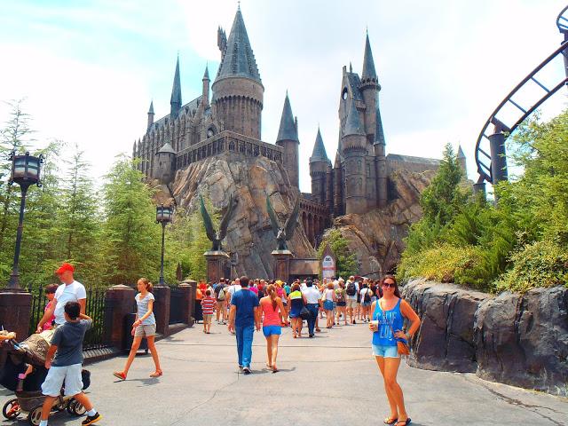 Girl at Howarts Castle Universal Studios Orlando