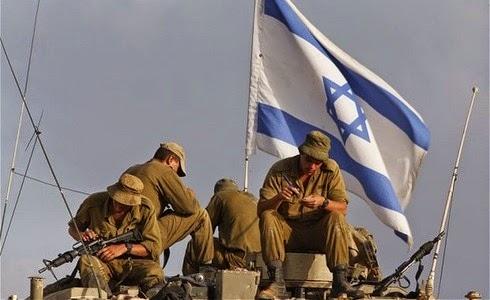 Soldados israelíes se alistan para atacar a Hamás