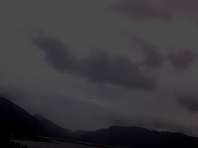 Malam Minggu Hujan