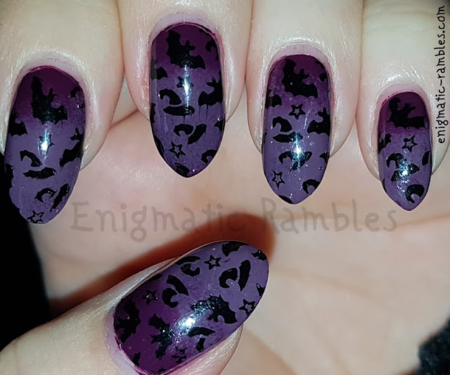 Halloween-Nails-Bats-Witches-Hat