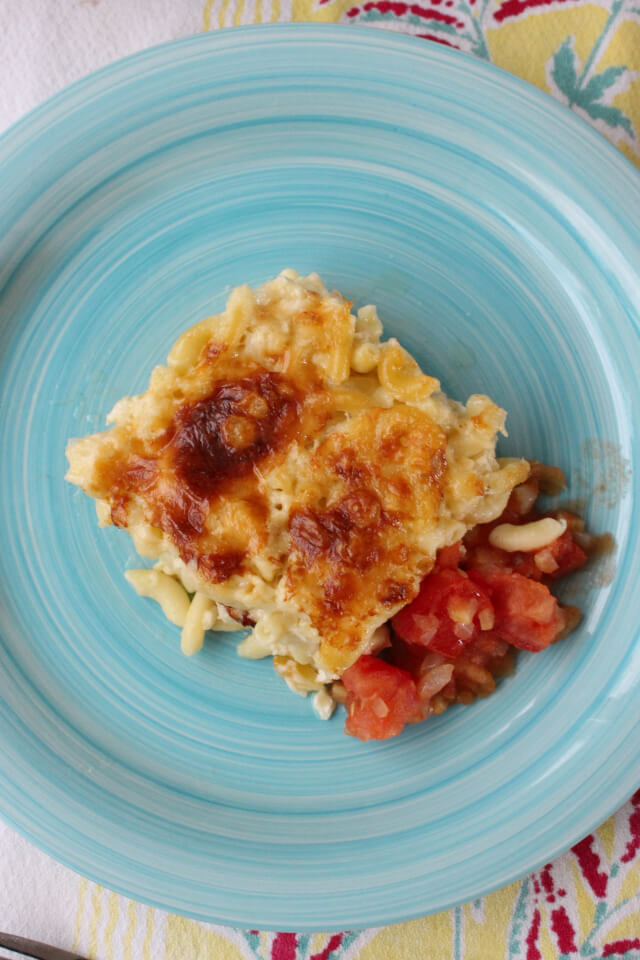 Momma's Baked Macaroni and Cheese is the easiest to make and absolute best mac and cheese ever!  Don't forget the stewed tomatoes! #macaroniandcheese