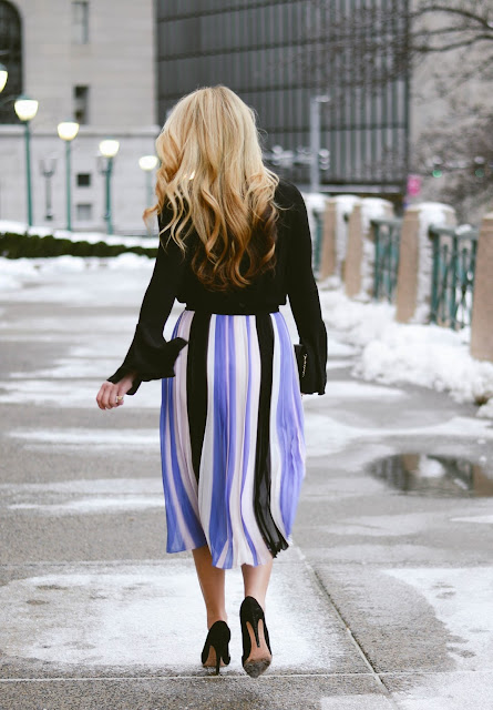 how to style a midi skirt with black top