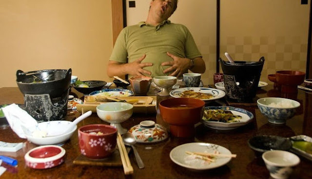 Bahaya Langsung Tidur Setelah Makan Malam