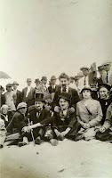 Кадр со съемок фильма Чарли Чаплина By the Sea (1915) 3
