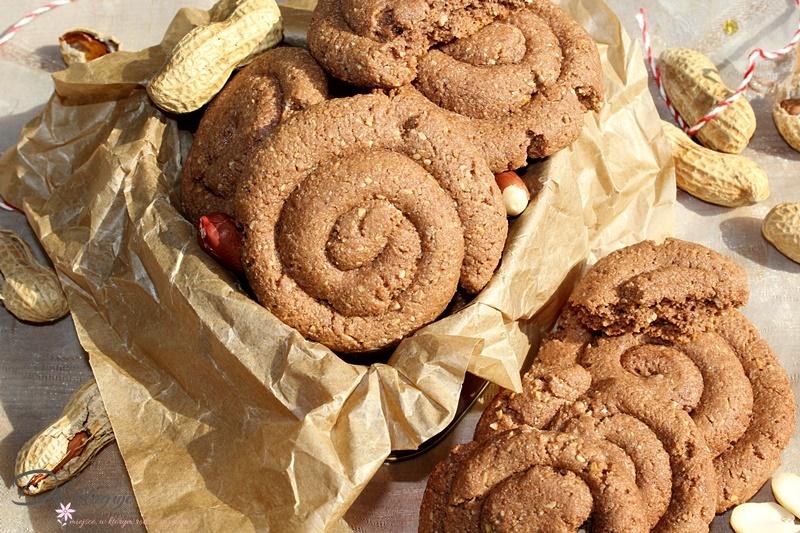 Kakaowo-orzechowe ślimaczki z kaszą manną