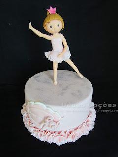 Bolo para o aniversário da bailarina Carminho
