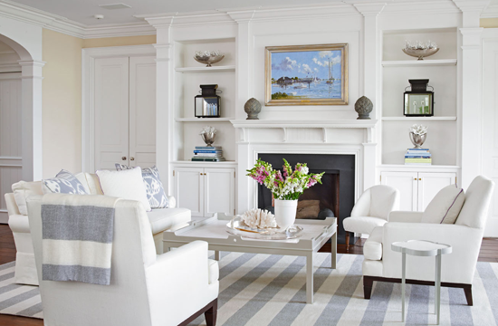 mix and chic home tour an elegant home on long island sound. Black Bedroom Furniture Sets. Home Design Ideas