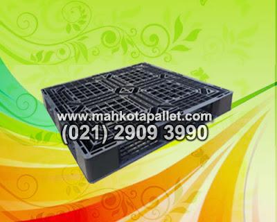 Manfaat Pallet plastik dari pada Palet Kayu