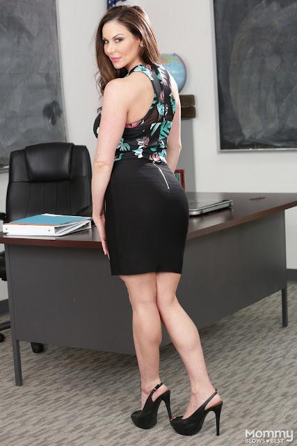 Kendra Lust teacher solo - AFICIONADOS DEL WRESTLING
