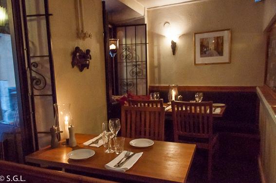 Restaurante Kryp In y su comedor en Estocolmo