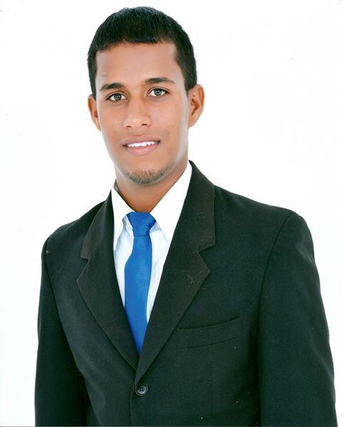 Idione Silva Brito, de 24 anos, que estava desaparecido desta a última quarta-feira (10)  (Foto: Facebook)