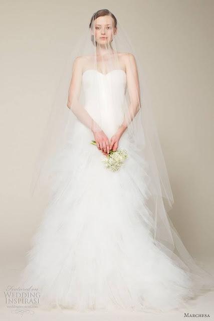 1003726_605980362756807_664129452_n Un po' di abiti da sposa...Uncategorized