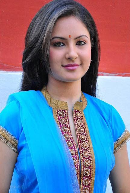 Pooja Banerjee Biography Height, Weight, Age, Husband, Affairs