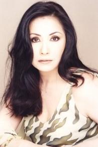 Foto de Ana Gabriel con cabello suelto