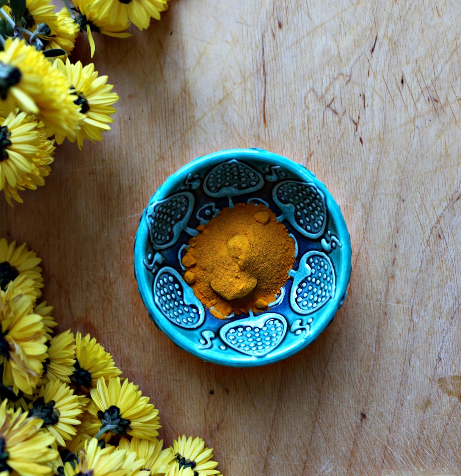 Kurkuma- cudowny złoty proszek na raka,grzybicę i inne schorzenia