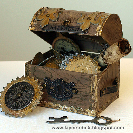 http://layersofink.blogspot.com/2014/06/treasure-chest-tutorial.html
