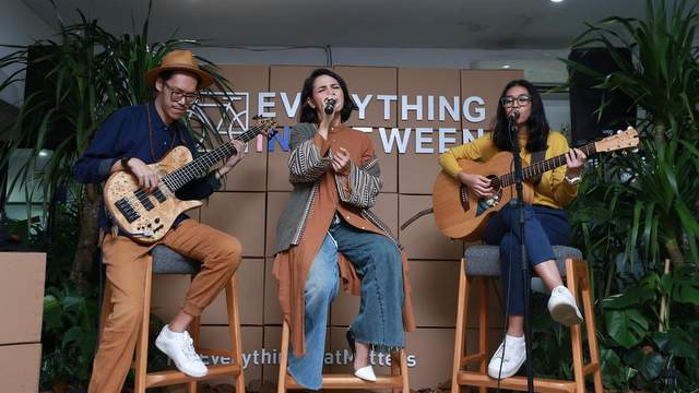 Andien ft Endah N Rhesa - Everything In Between