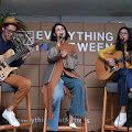Lirik Lagu Everything In Between - Andien ft Endah N Rhesa