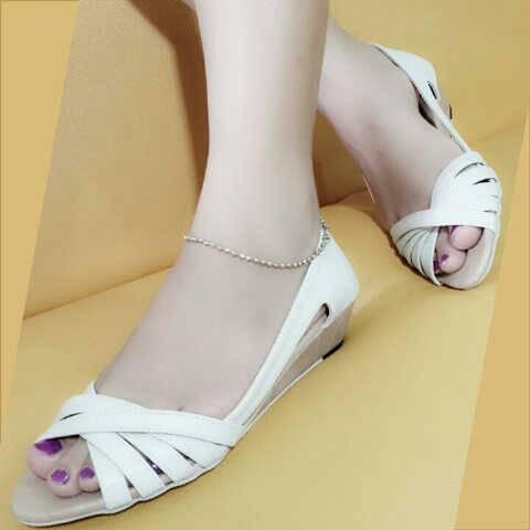 Sandal Wanita Murah Cantik JH05 Krem - Supplier Sepatu Wanita bf37c853a5