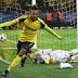 No embalo de Aubameyang, Dortmund goleia o Benfica e avança às quartas da Champions