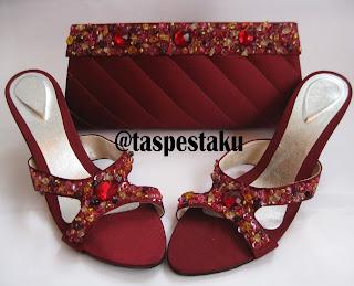 Tas Pesta dan Sandal Pesta Maroon Unik Cantik Mewah