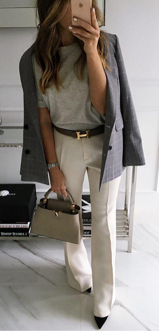 elegant outfit idea : plaud blazer + printed tee + white pants + bag + heels
