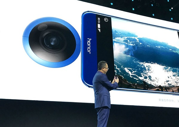 HUAWEI launches Honor VR Camera, a clip-on 360-degree smartphone camera
