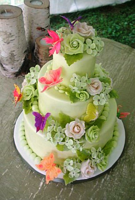 Pictures Of Flowers On Cakes
