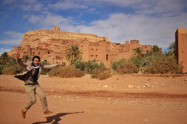 No lado de fora da cidade murada de Ait-Ben Haddou, em Ouarzazate.