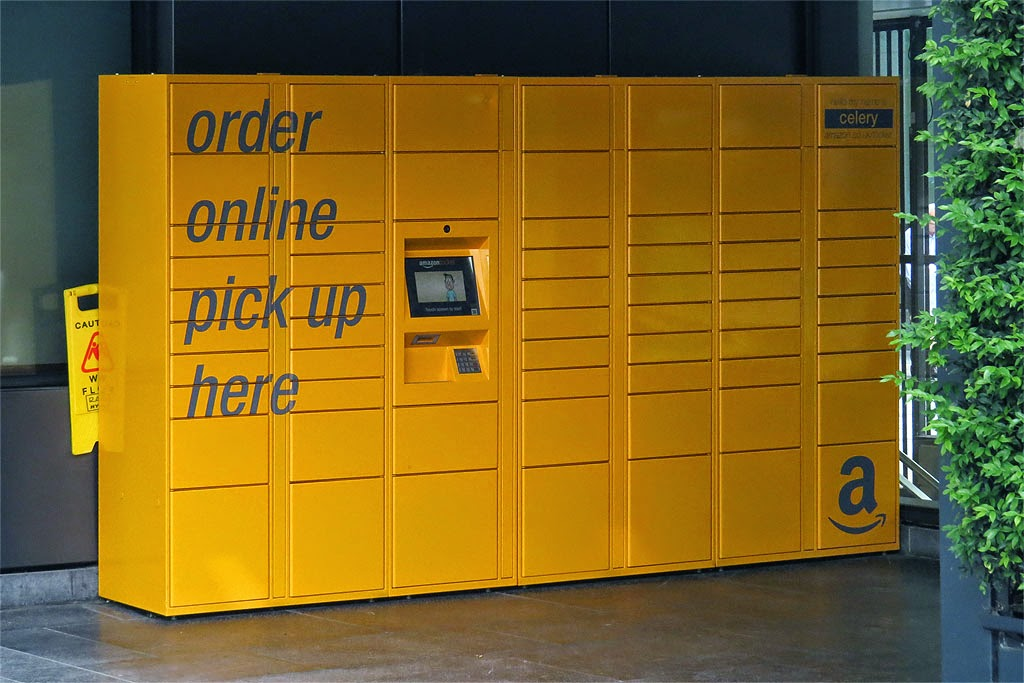 Amazon Locker Celery, New Street Square, City of London, London