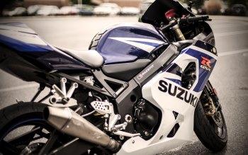 Wallpaper: Suzuki GSXR 750