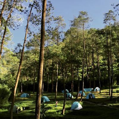foto camping di candi gedong songo