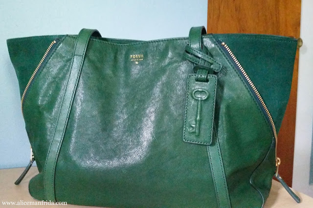 Fossil, handbag, bag, pocketbook, tote, leather, fir green, Gwen Shopper, zippers, designer, fashion, style, accessories